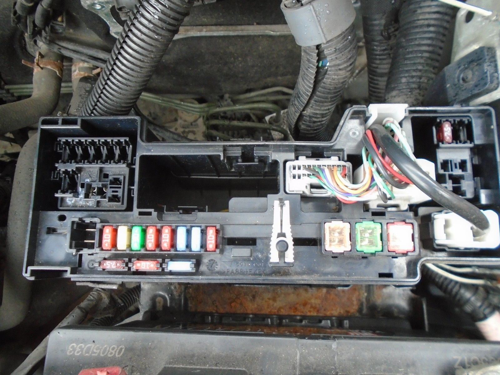 2008 Citroen C1 1 0 Petrol Under Bonnet Fuse Box 2005 2014 Breaking Citroen  ZX Fuse Box On Citroen C1