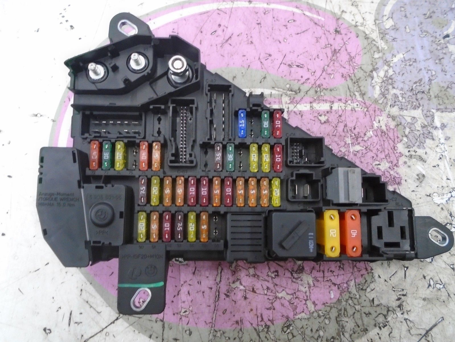 2004 bmw 6 series e63 645ci 4 4petrol rear power distrubution fuse box  2003-2010