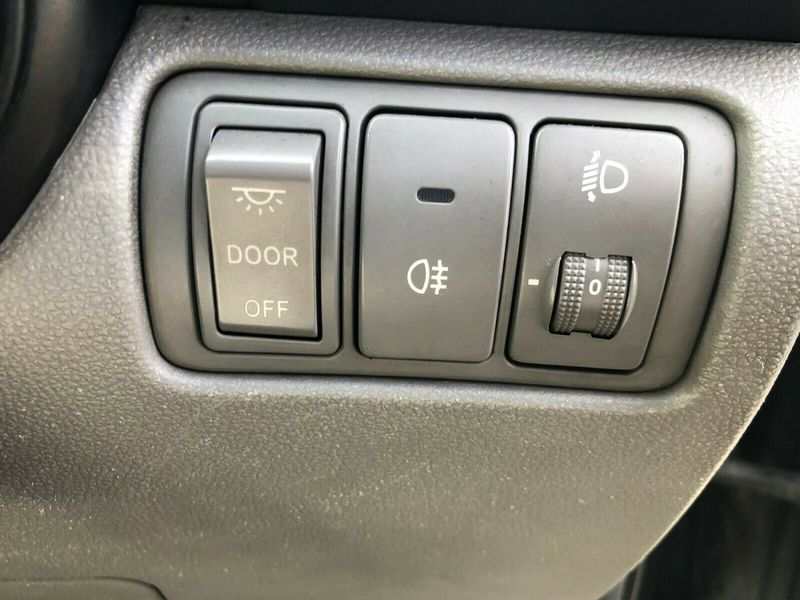 2008 KIA SEDONA GS MK2 HEADLIGHT & FOG LIGHT ADJUSTMENT PANEL 06-10 BREAKING CAR