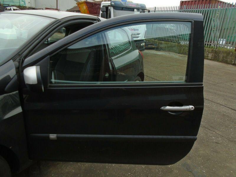 10 RENAULT CLIO MK3 3 DOOR NEARSIDE FRONT LOCKING MECHANISM 05-12 BREAKING CAR